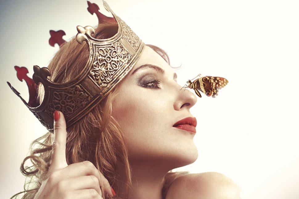 Nőként kiben látod meg a Királyt? És ki mellett éled meg a Királynőt?